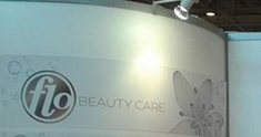 Flo Beauty Care Logo